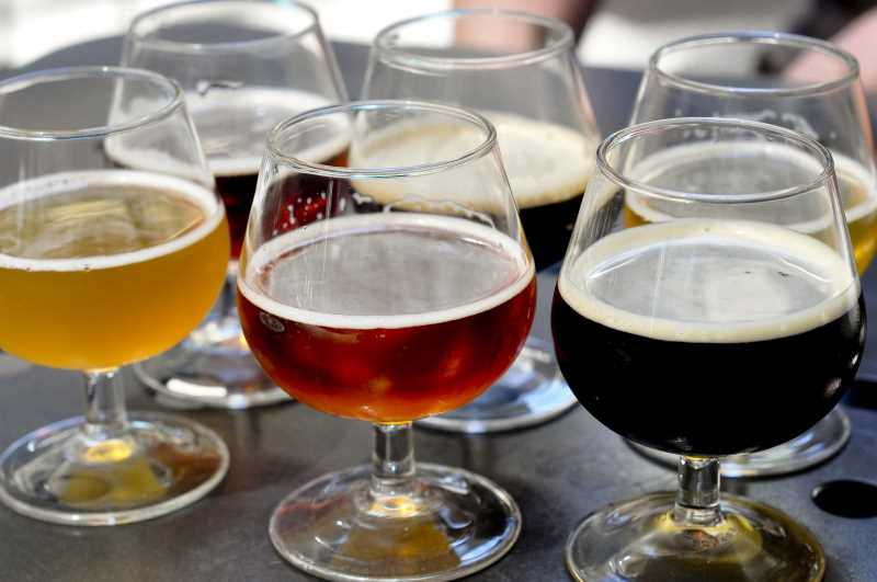 Beer Bistro Samplers by Divya Thakur (via flickr)